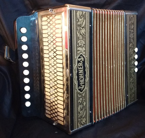 hohner 1040c one row melodeon jolly roger accordions. Black Bedroom Furniture Sets. Home Design Ideas